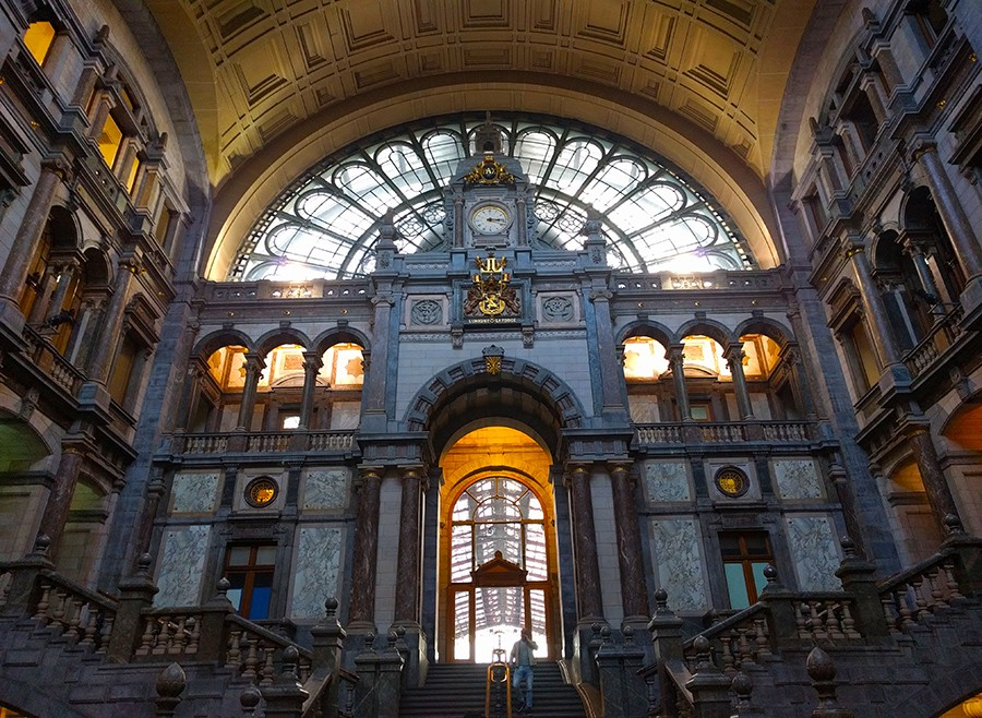 one day in Antwerp - central station
