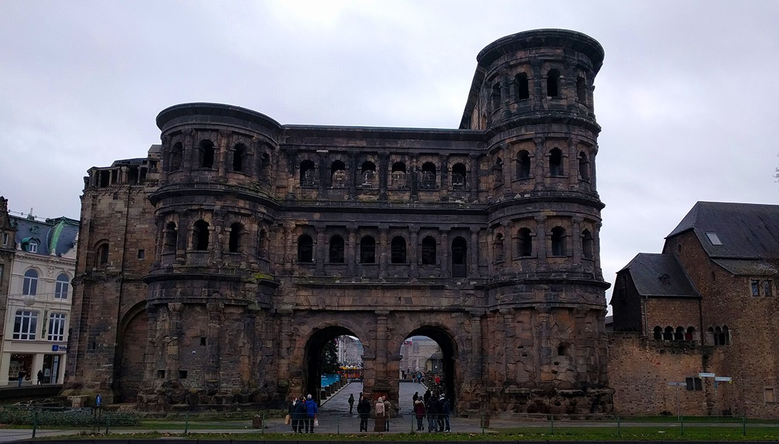 Things to do in Trier: Porta Nigra