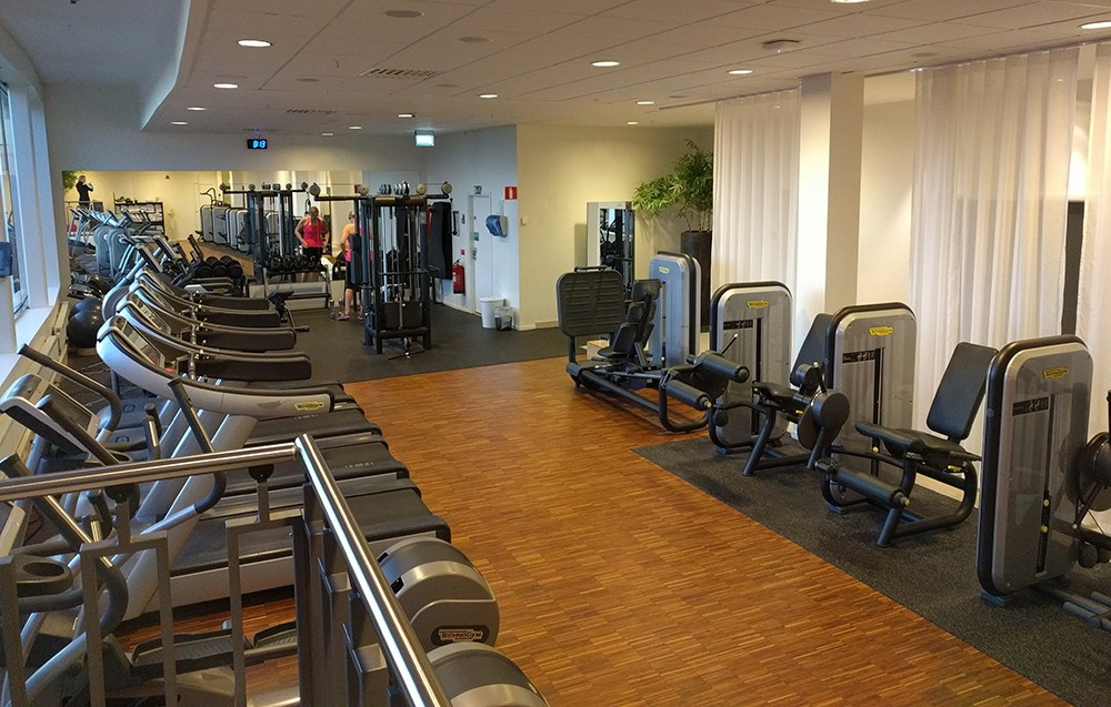 what to do in Arlanda airport: go to the hotel gym