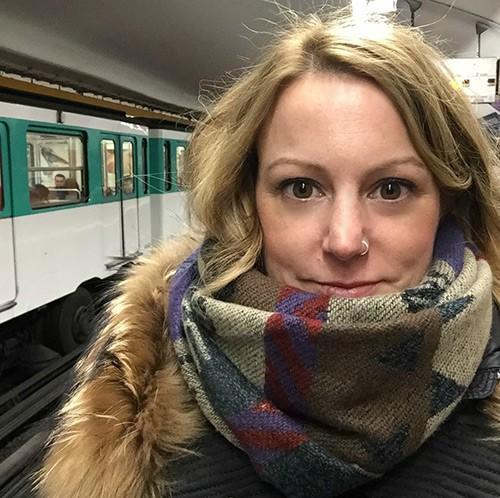 an expat in Paris