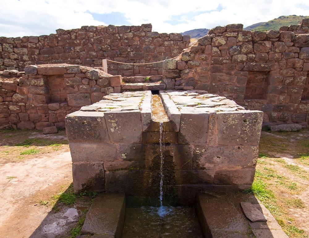 Sacred Valley Incan ruins: Tipon