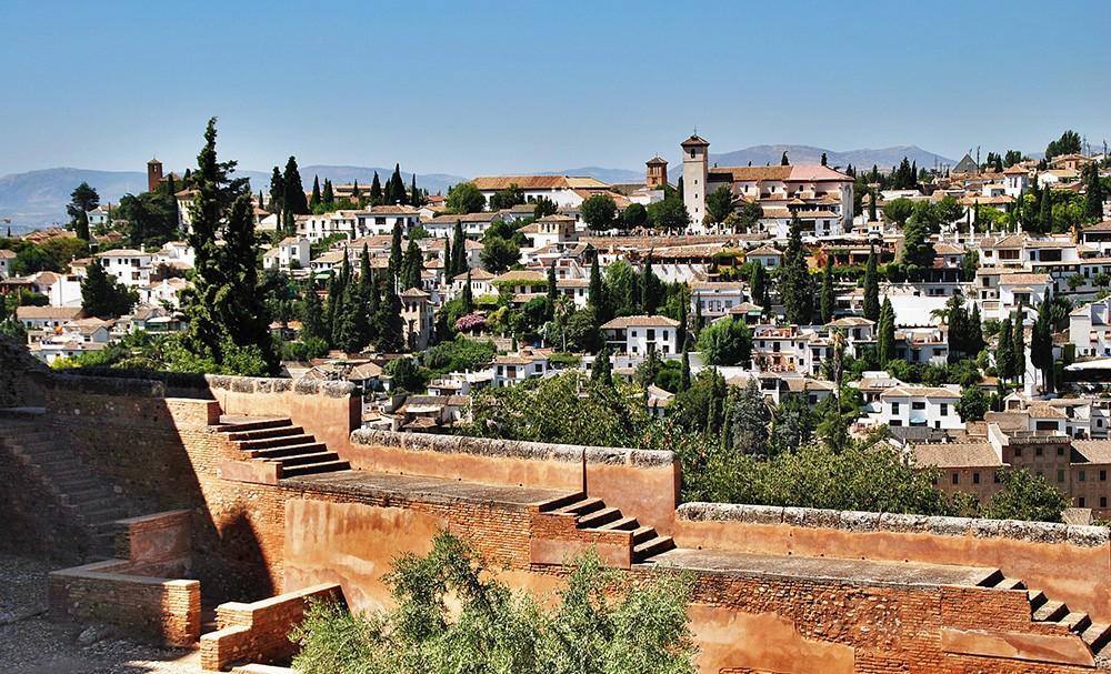 life in Granada, Spain