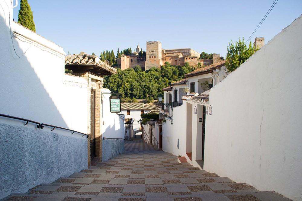 living in Granada