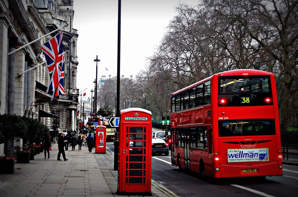 What is it like to live life in London, England as an expat