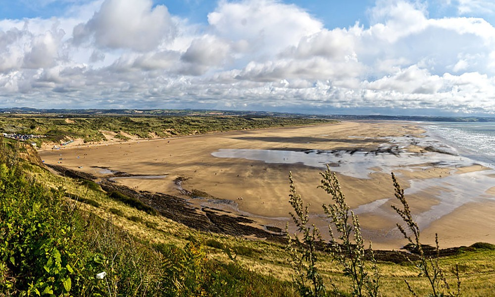 the best beaches in the world: Saunton Sands