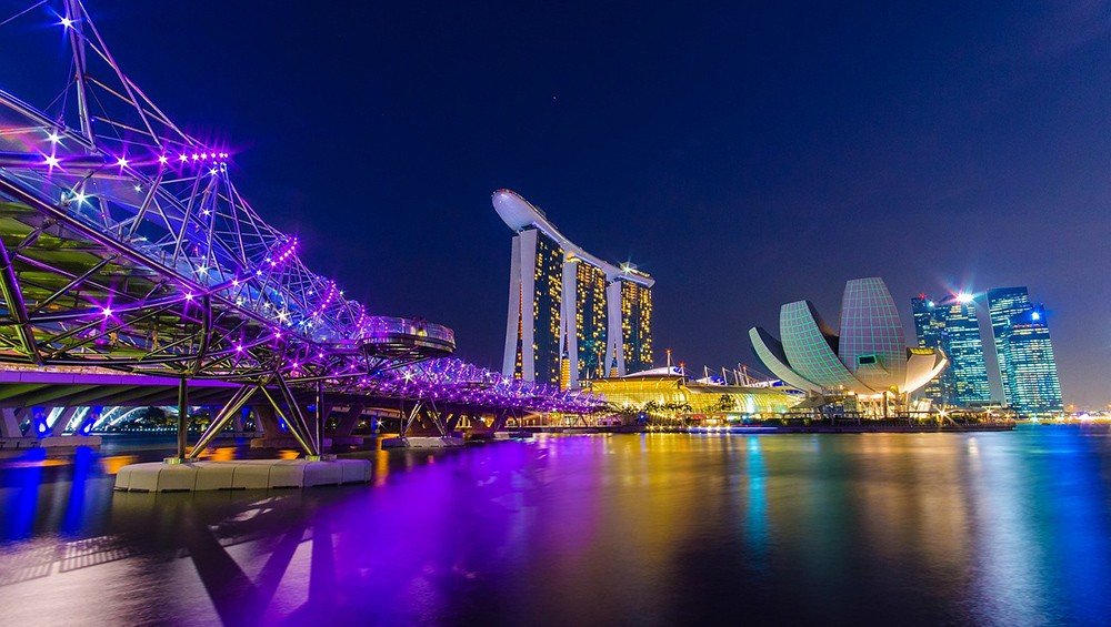 Singapore travel guide by a local