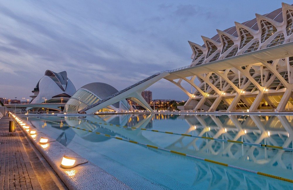 Why you should visit or move to Valencia, Spain