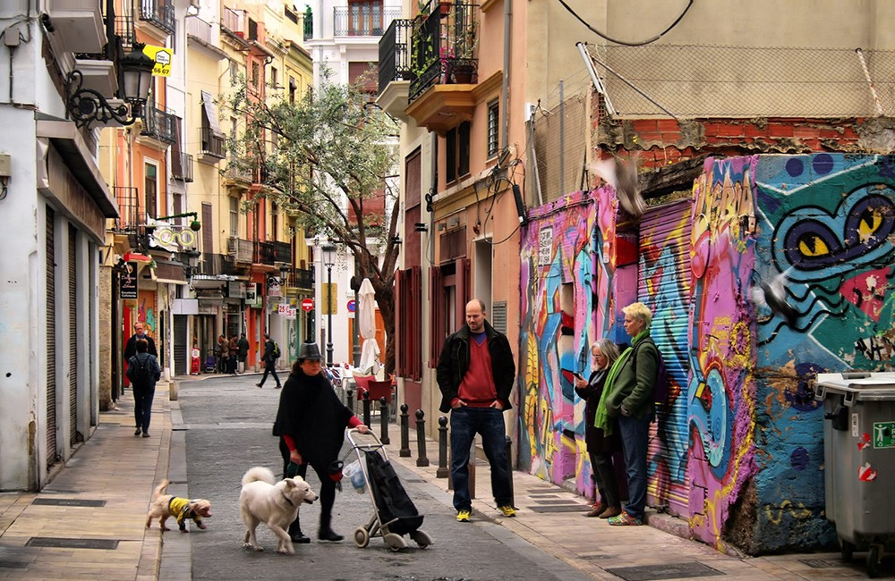 What to see & do in Valencia: explore the El Carmen neighborhood