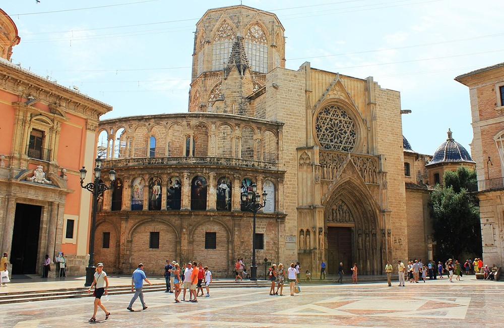 What to do in Valencia Spain: visit the cathedral