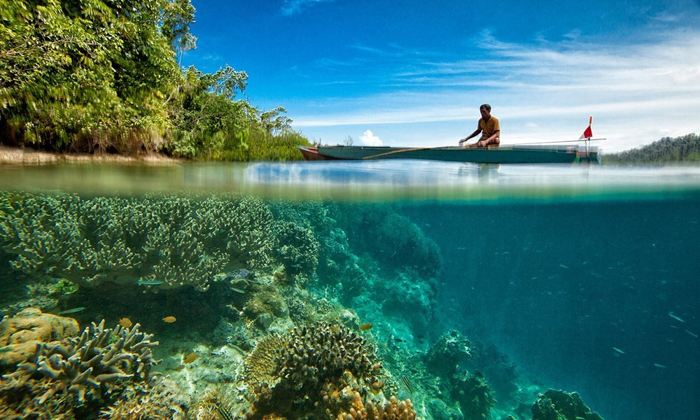 things to do in Indonesia: try some water sports - 10 tips for what to do in Indonesia