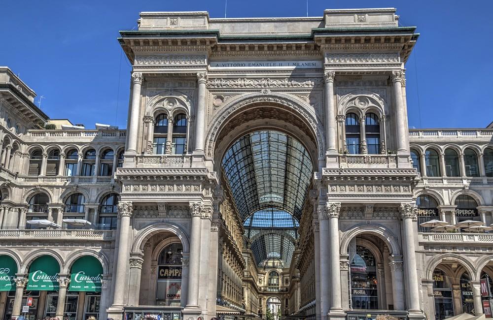 Galleria Vittorio Emmanuelle, a must see in Milan