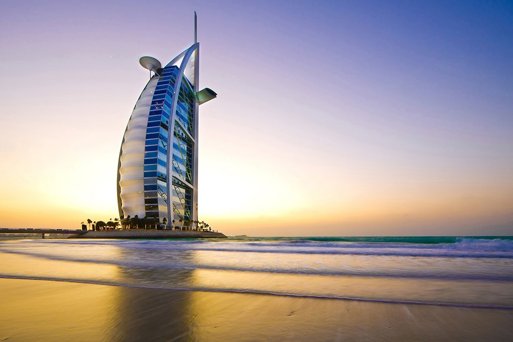 things to do in Dubai: go to the Burj al Arab