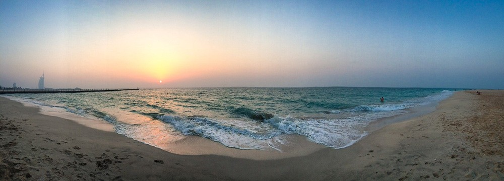 What to see and do in Dubai: visit Kite Beach