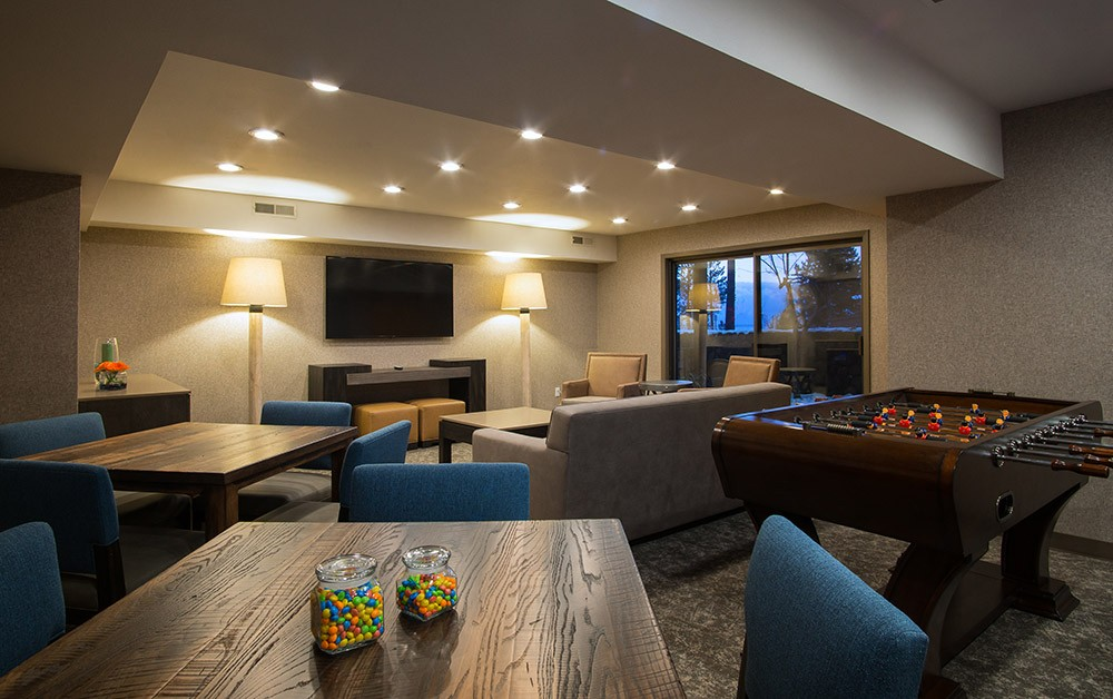 places to stay in South Lake Tahoe: Hotel Azure