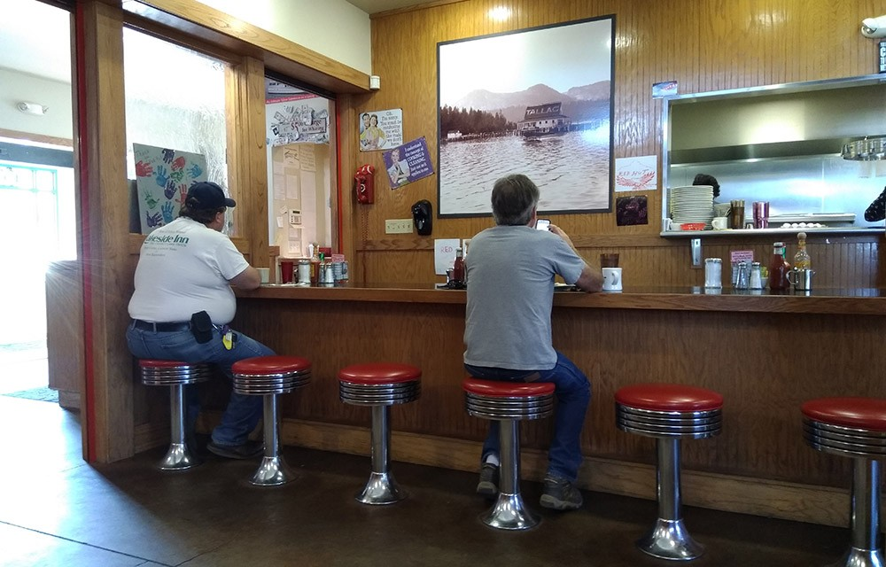 best restaurants in South Lake Tahoe for breakfast: The Red Hut