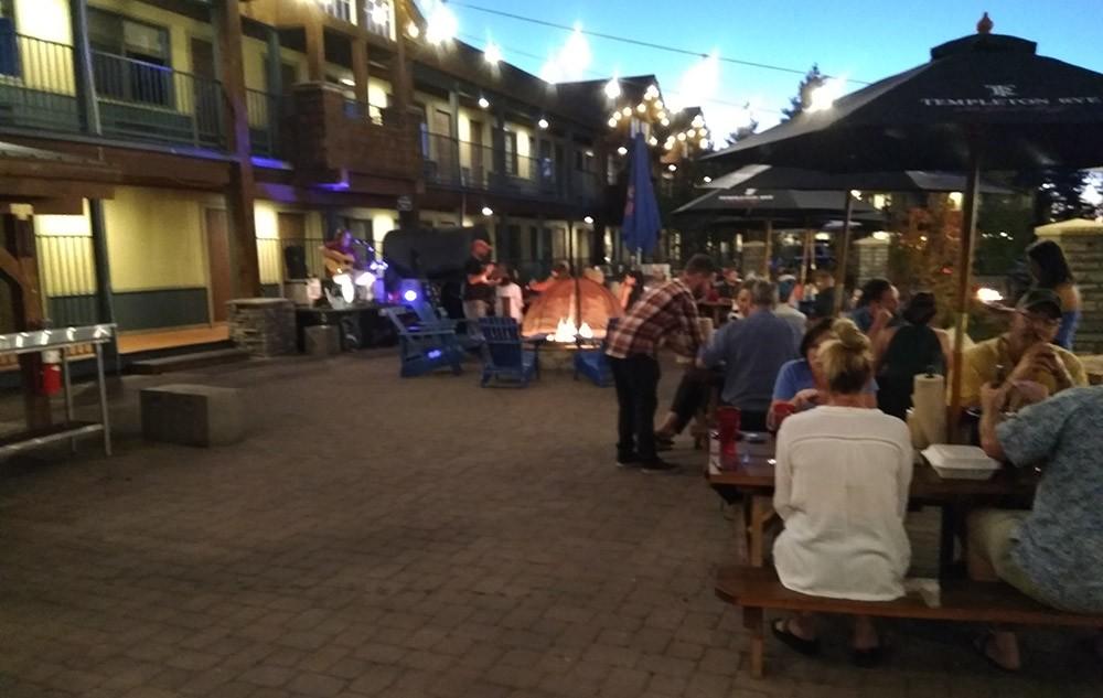 best restaurants in South Lake Tahoe: Ten Crows