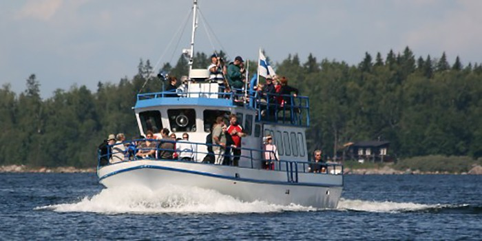 Things to do in Vaasa Finland: take a boat trip
