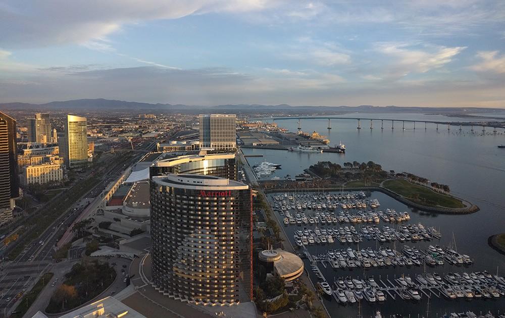 rooftop San Diego: Top of the Hyatt