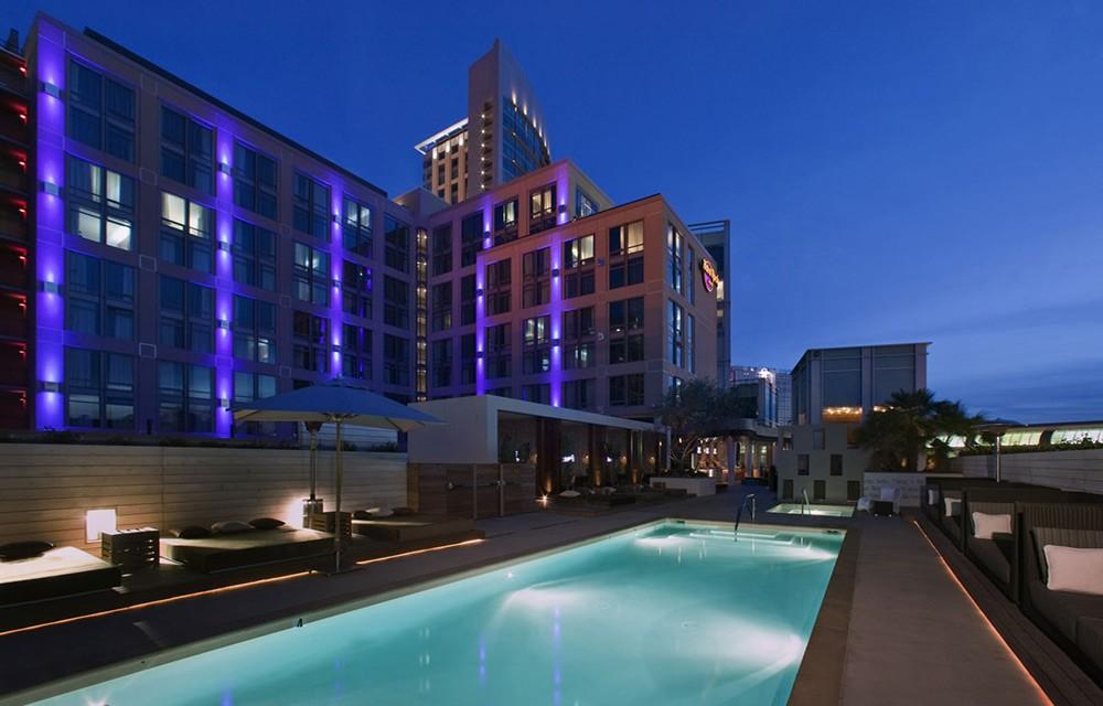 Float at Hard Rock Hotel
