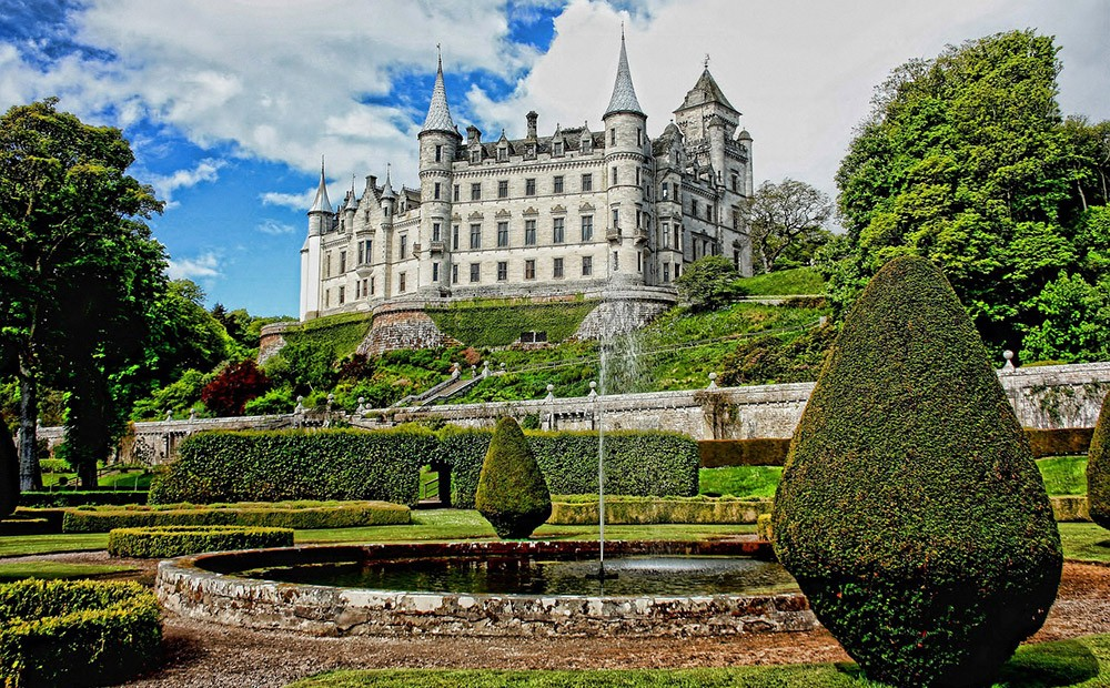 Day 2 of the 8-day NC500 itinerary in Scotland - Dunrobin Castle