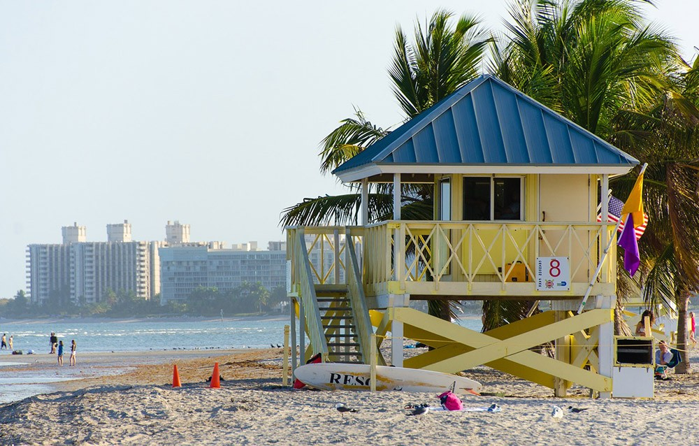 Places to visit by boat in Miami: Crandon Park