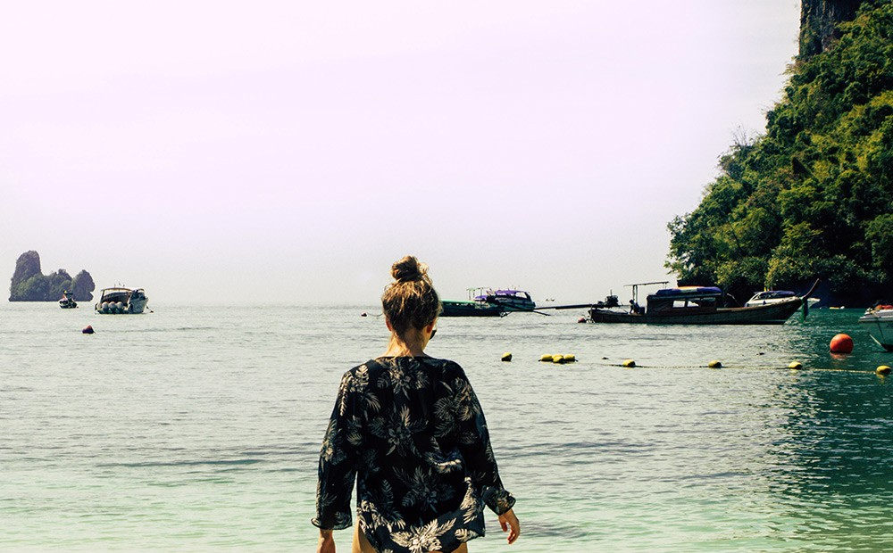 Tips for women visiting Thailand: cover up