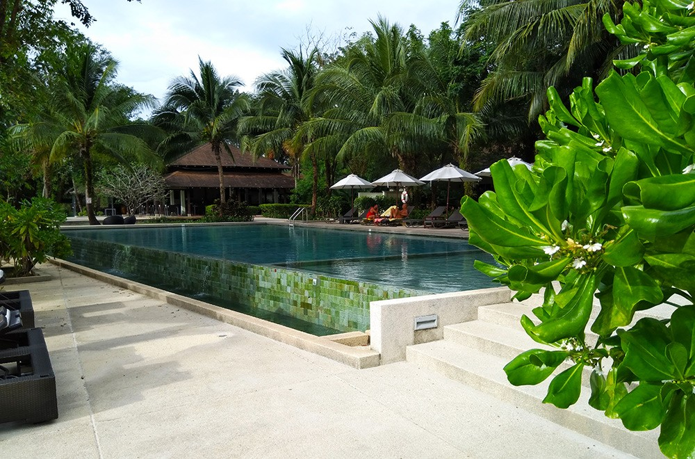 a resort in Thailand - is Thailand safe for women