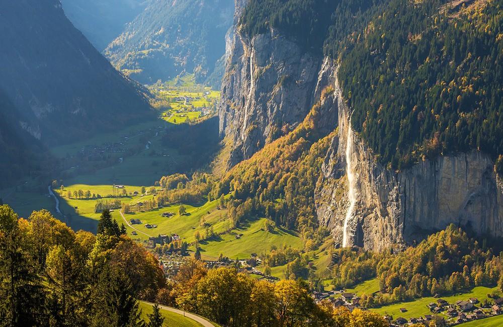 Best views in Switzerland: Lauterbrunnen valley