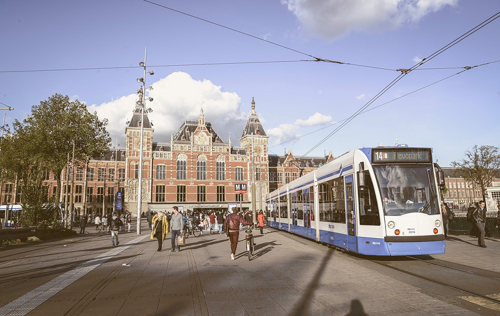 Getting around Amsterdam - travel tips