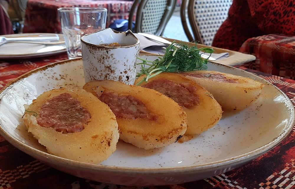 restaurants in Vilnius: Etno Dvaras