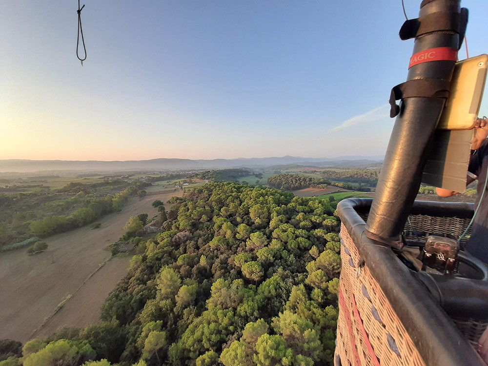 Enjoying the view while hot air ballooning in Catalonia