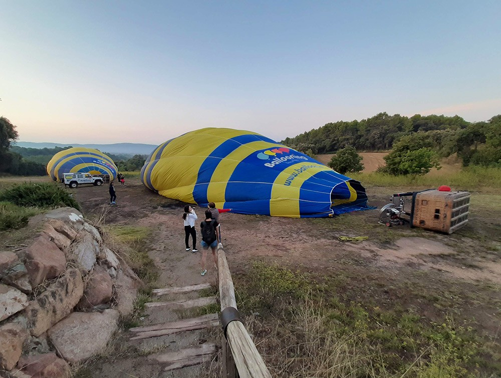 arriving at our hot air balloon Barcelona location