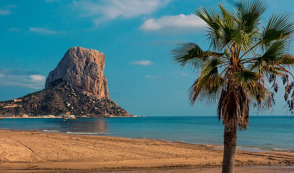 best time to go to Spain to enjoy the beach