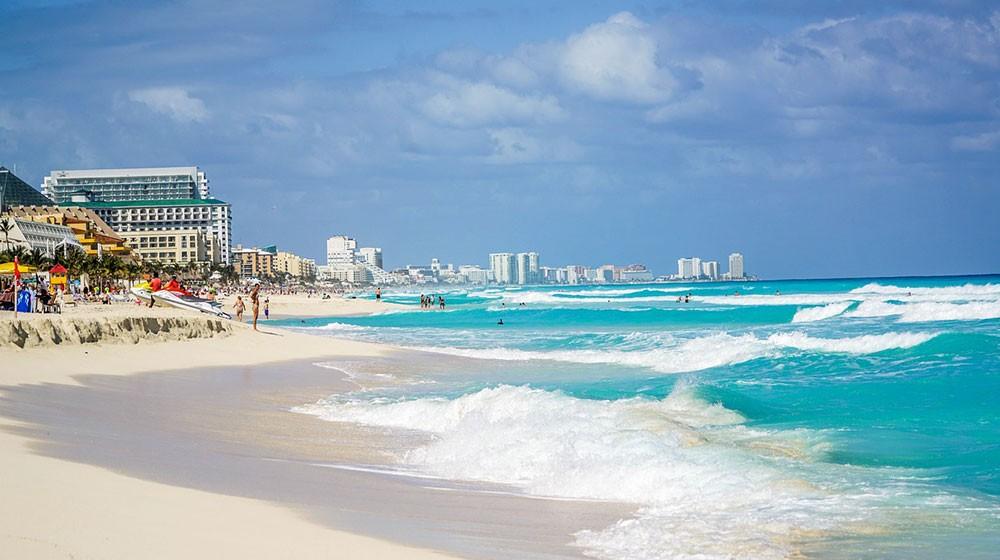 living in Cancun