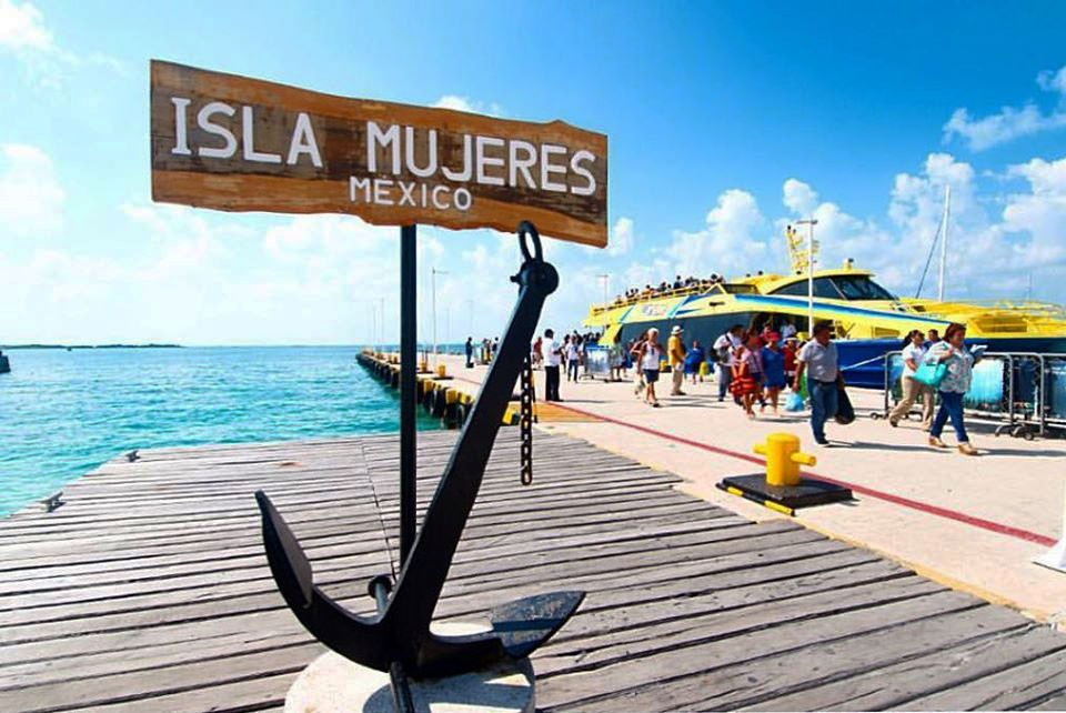 Ultramar ferry docked at Isla Mujeres