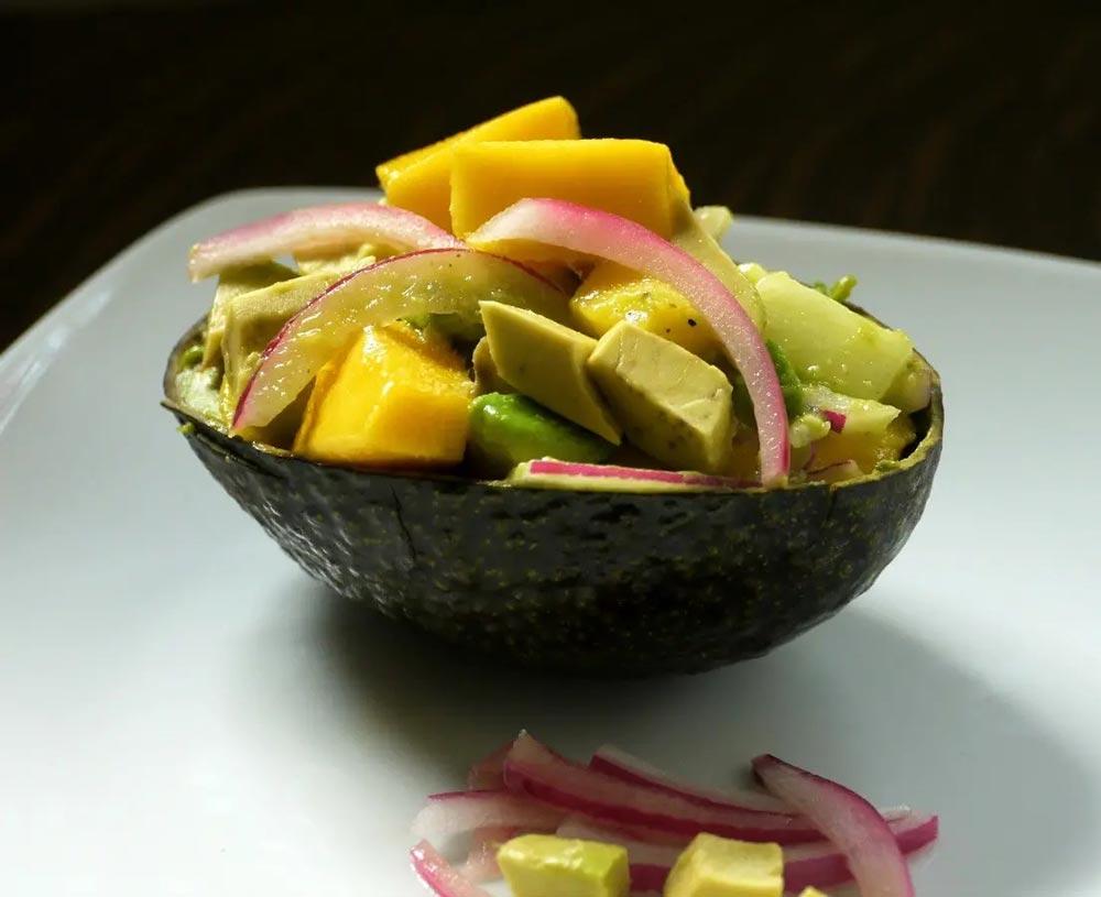 easy Caribbean recipe for a mango salad