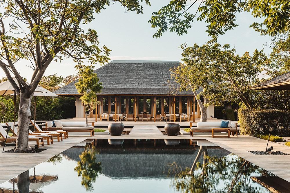 luxury resort villa in Turks and Caicos